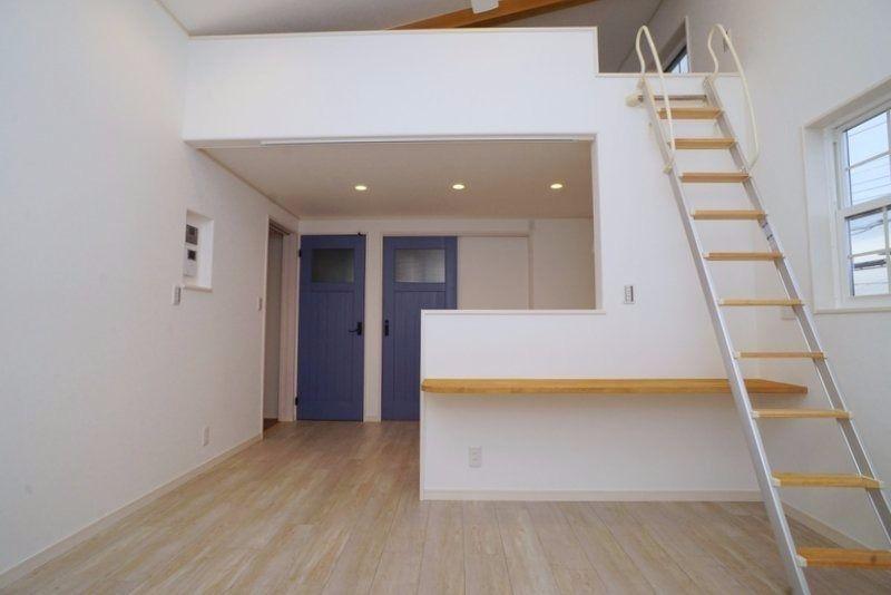 オーナーは川越生まれ、川越育ちの内装屋さん。こだわりの間取りや床材、住宅設備がたくさんです。 表紙