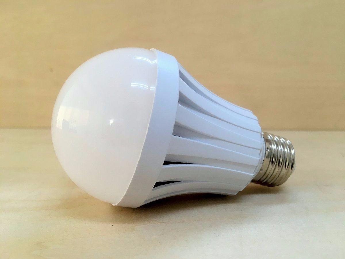 停電時電池点灯「LED電球」